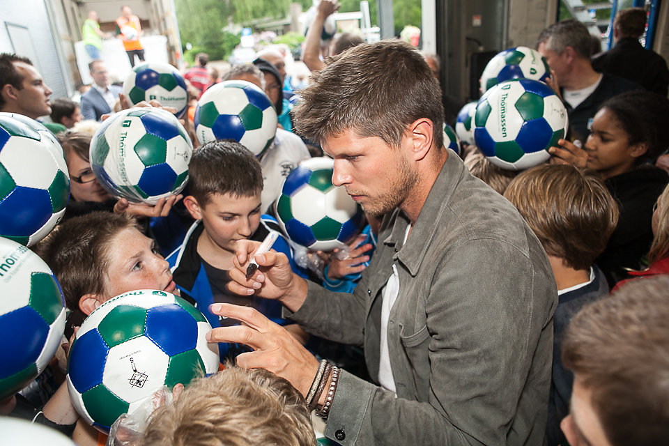 Thomassen Machining& KlaasJan Huntelaar
